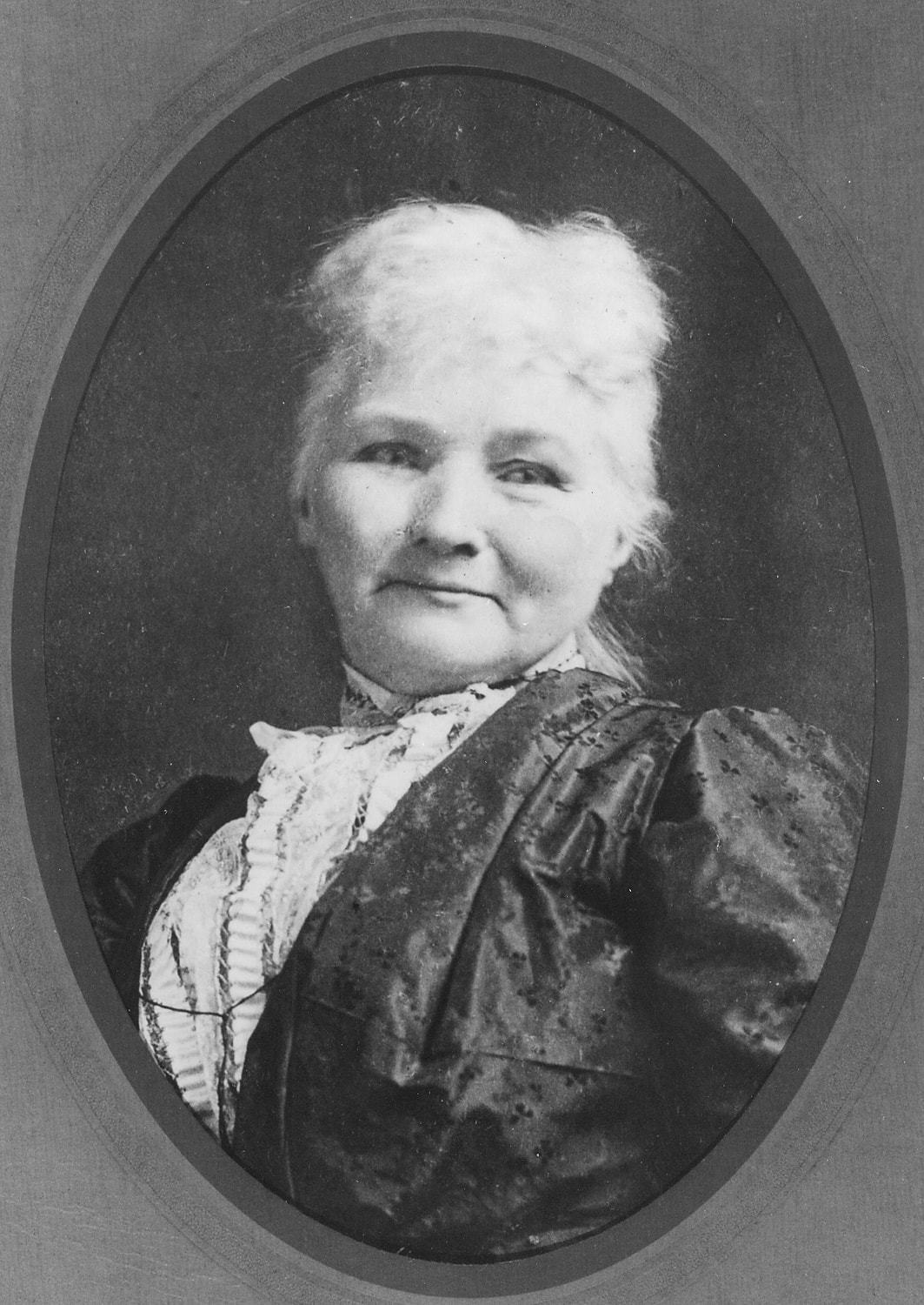 "Mother Jones ""width ="" 1063 ""height ="" 1500 ""srcset ="" https://www.mybuckhannon.com/wp-content/uploads/2019/02/mother_jones.jpg 1063w, https://www.mybuckhannon.com /wp-content/uploads/2019/02/mother_jones-213x300.jpg 213w, https://www.mybuckhannon.com/wp-content/uploads/2019/02/mother_jones-768x1084.jpg 768w, https: // www .mybuckhannon.com / wp-content / uploads / 2019/02 / mother_jones-726x1024.jpg 726w, https://www.mybuckhannon.com/wp-content/uploads/2019/02/mother_jones-696x982.jpg 696w, https : //www.mybuckhannon.com/wp-content/uploads/2019/02/mother_jones-298x420.jpg 298w, https://www.mybuckhannon.com/wp-content/uploads/2019/02/mother_jones-600x847. jpg 600w ""sizes ="" (max-width: 1063px) 100vw, 1063px"