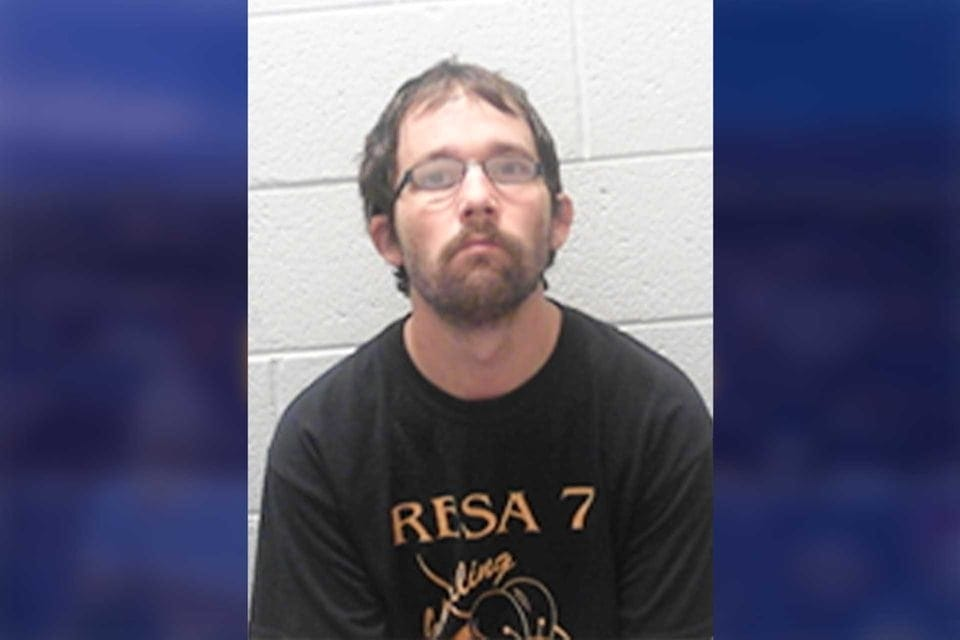 Man arrested for allegedly striking 10-year-old  with hammer